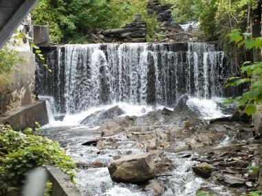 CRYSTAL LAKE FALLS