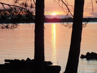 SUNSET ON RAINY LAKE