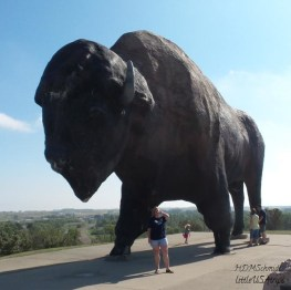 WORLD'S LARGEST BUFFALO MONUMENT
