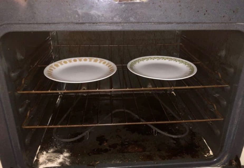can you put a plate in the oven 4