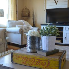 Ideas Decorating My Living Room Pinterest 10 Ways To Get Farmhouse Style In Your Home