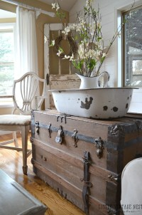 How to Decorate with Vintage Decor - Little Vintage Nest