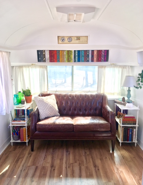 Swell 1972 Airstream Overlander For Sale Andrewgaddart Wooden Chair Designs For Living Room Andrewgaddartcom