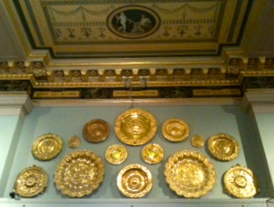 A whole lotta gold plates