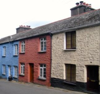 Squat coloured houses in Gunnislake