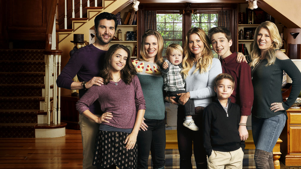 Fuller House Return Cloaked in Shadowy Veil of Mysteries and Secrets