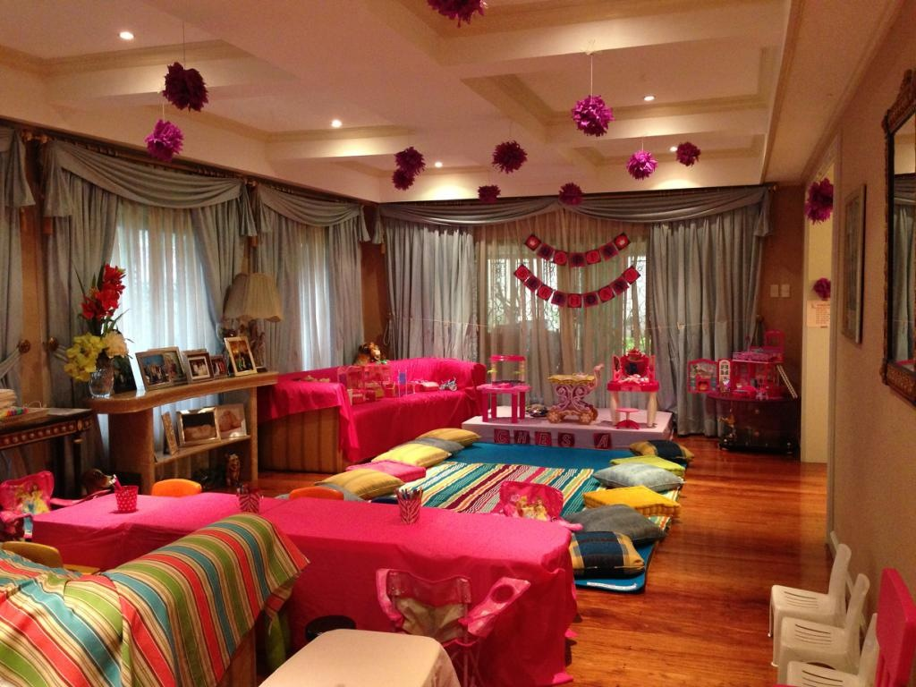 Sofia The First Perfect Slumber Party
