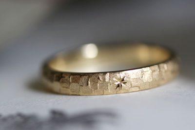 鎚目模様×星留めの結婚指輪(吉岡様オーダーメイド)