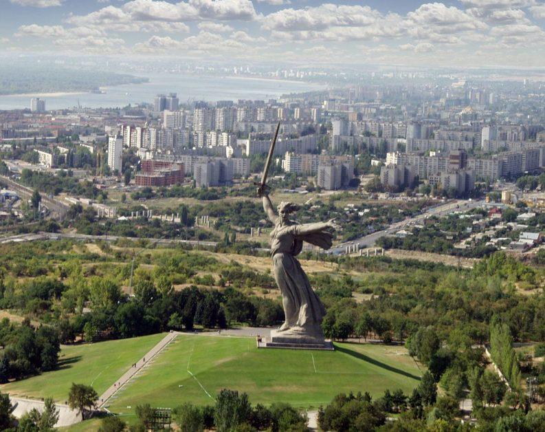 La statue rend hommage à la Bataille de Stalingrad