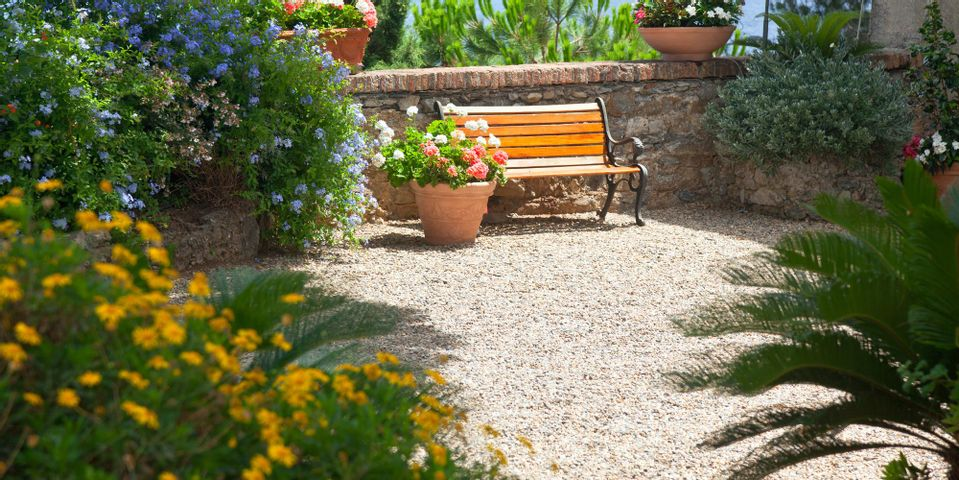 the benefits of a pea gravel patio