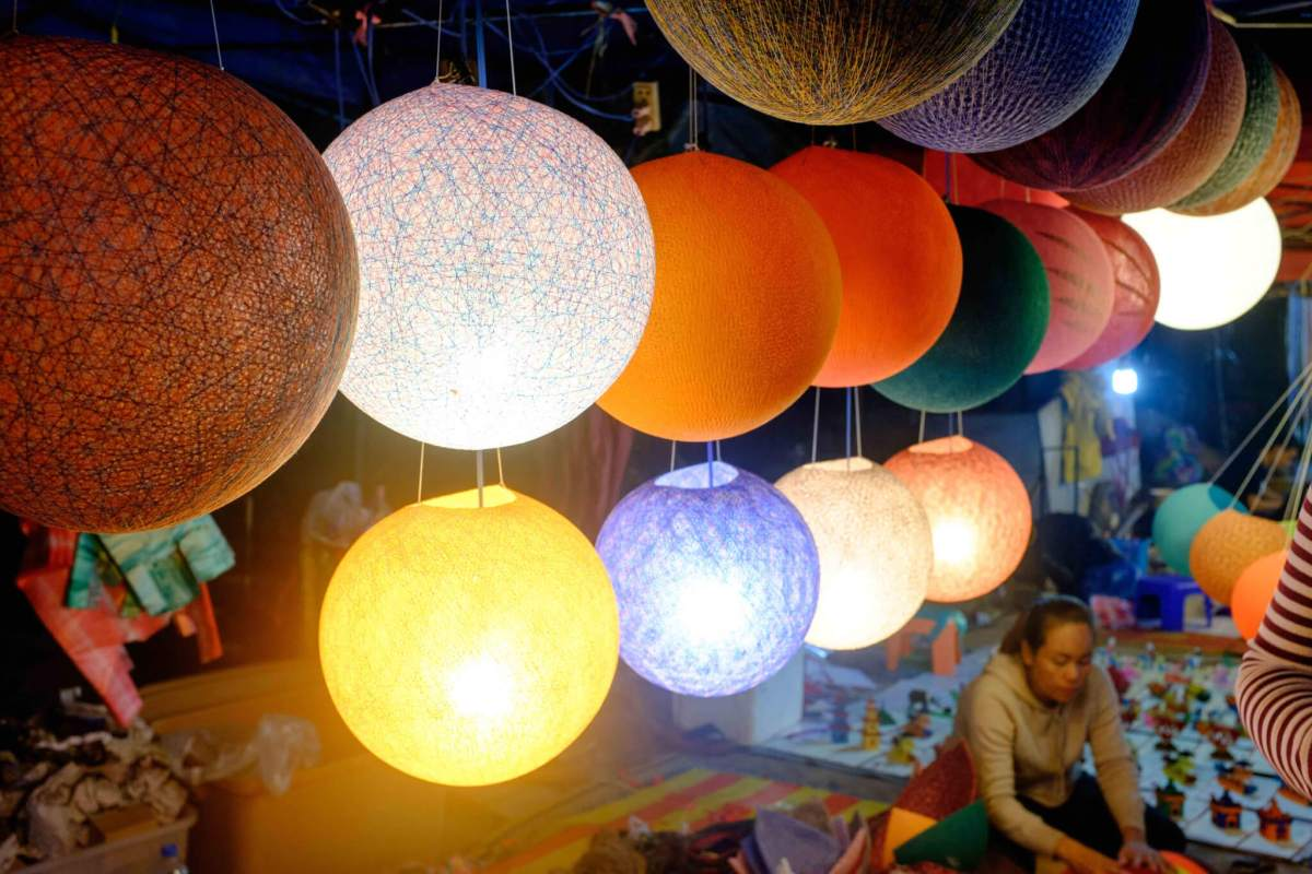 night market luang prabang