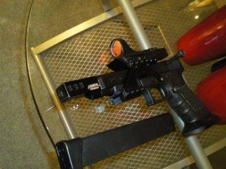 Taser - Glock photo