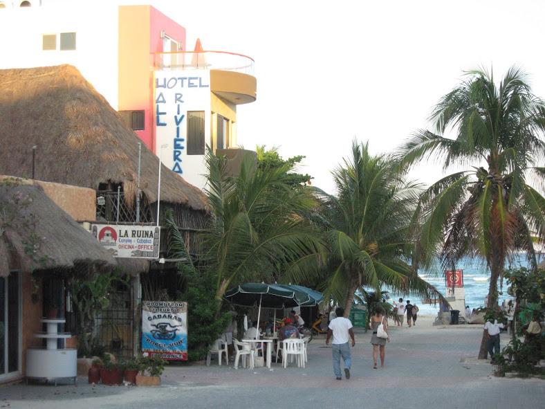 Strolling Playa del Carmen