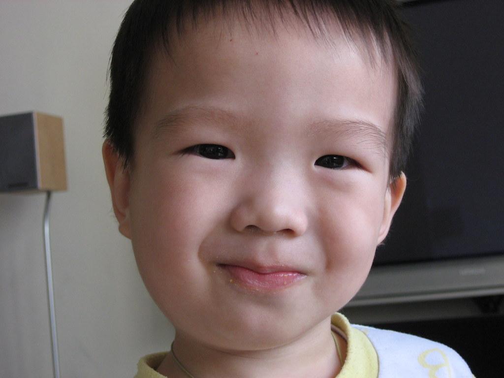 IMG_2633 | 扁桃腺發炎的他 | nana | Flickr