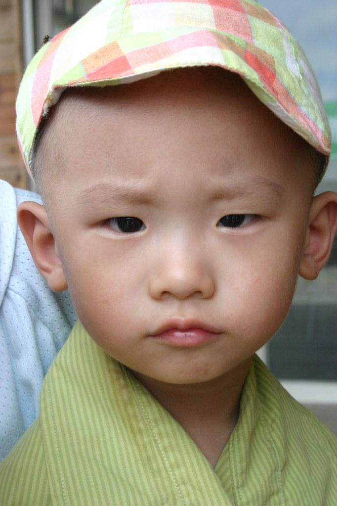 扁什麼嘴   超愛扁嘴皺眉頭的 才幾歲啊你?!   Kat Pang   Flickr