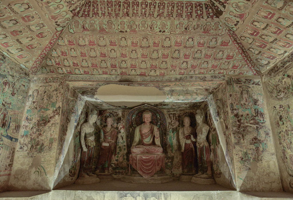 敦煌莫高窟 (Dunhuang  Mogao Grottoes)