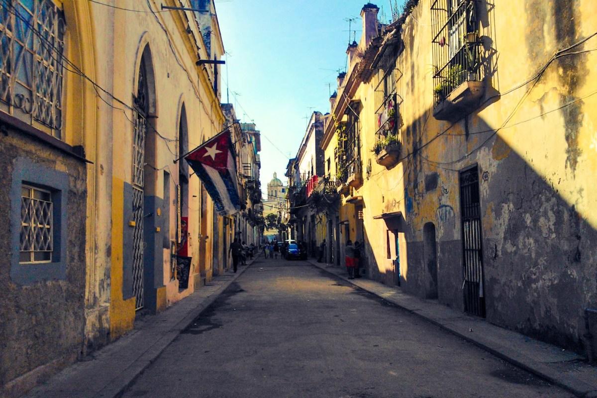 Matkustaisin nyt Kuuban Havannaan