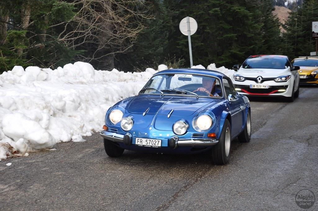24808529390 1aca30989b b | 90 Berlinettes au Col de Turini !