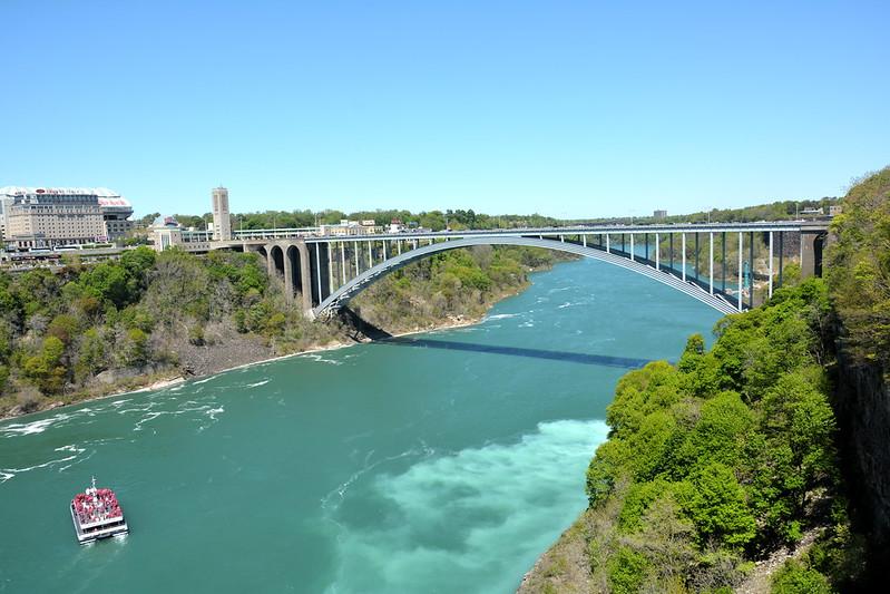 Rainbow Bridge to Canada
