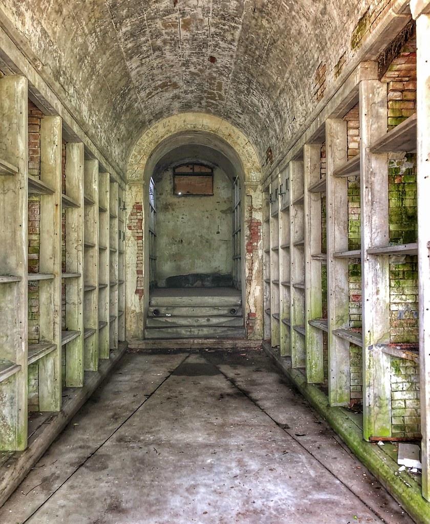Abandoned Mausoleum Forest Hill Cemetery Kansas City