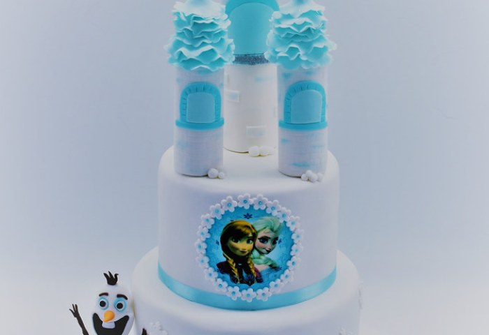 Frozen Castle Cake From Patricia Creative Cakes Brussels