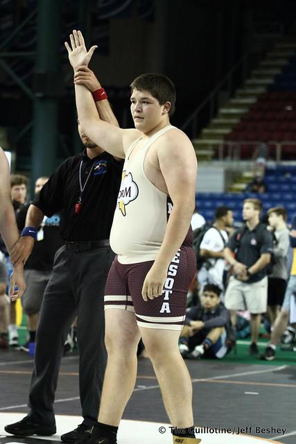 285 pounds Nicholas Pierce of Minnesota 180719CJF0091
