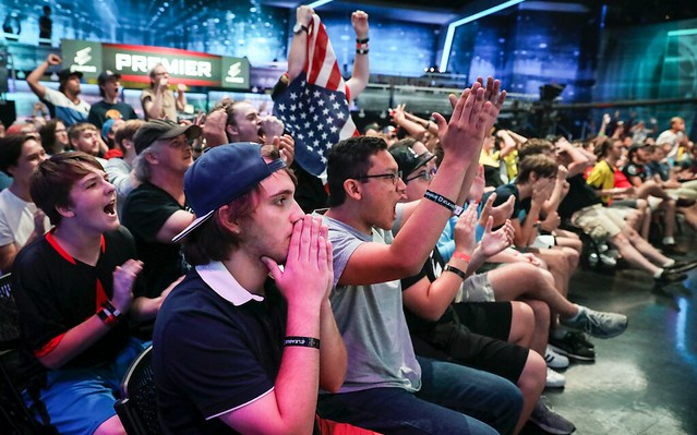 eleague to feature top