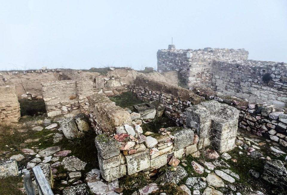interior Castillo Yacimiento Arqueologico de Alarcos Ciudad Real 03