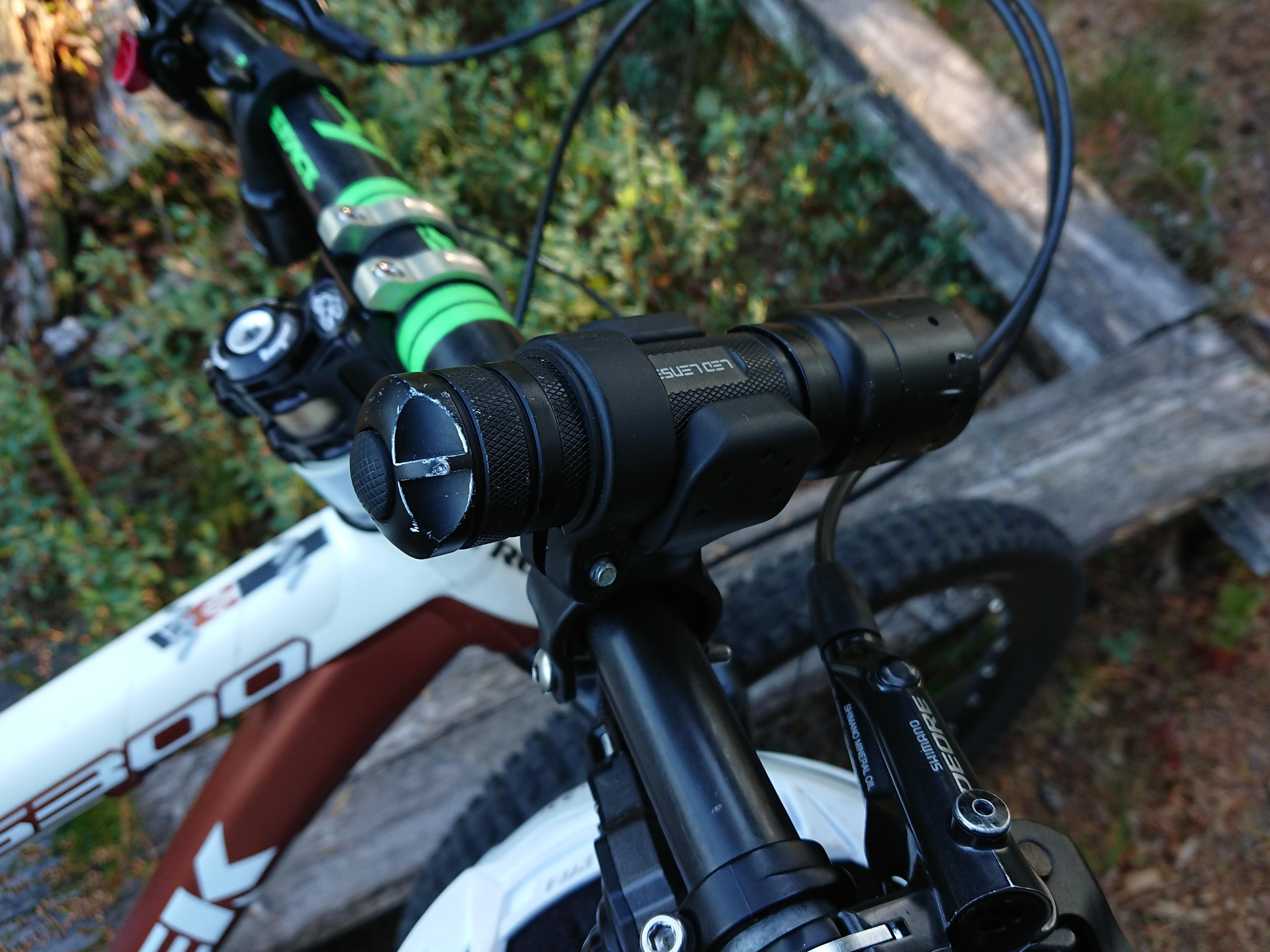 Vélo Porte-Torche pour B7-P7 et T7-7799 PT