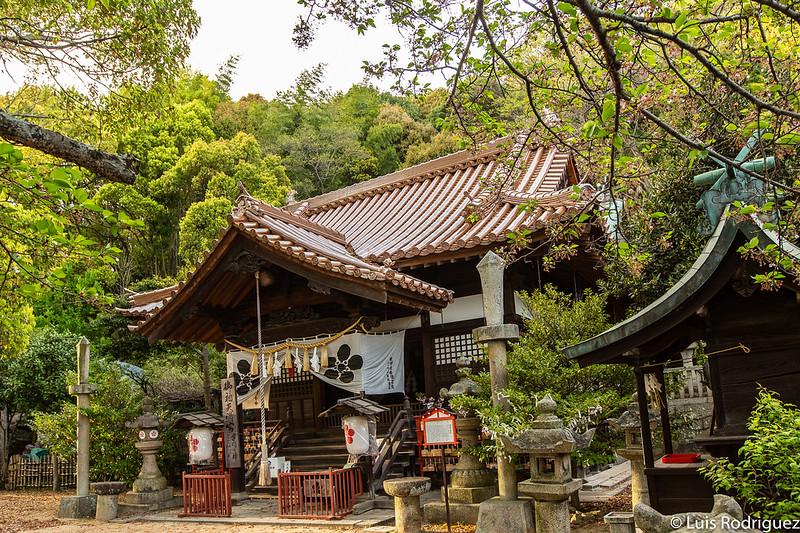 Salón principal del santuario Misode Tenmangu