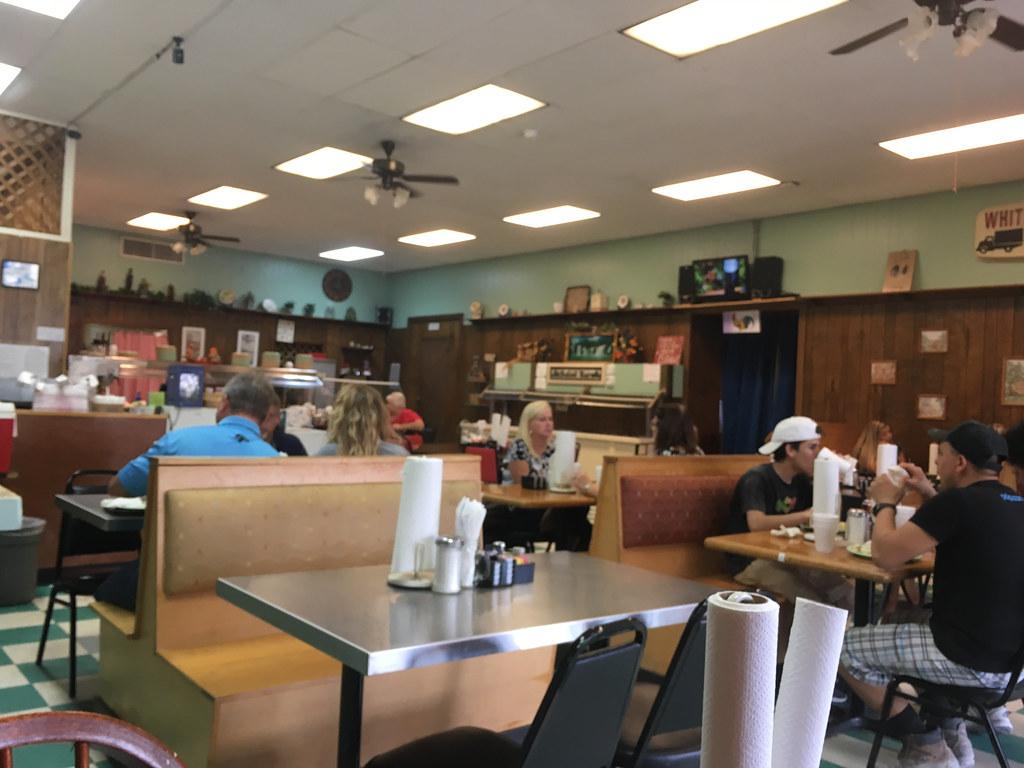 Whitemire Cafe