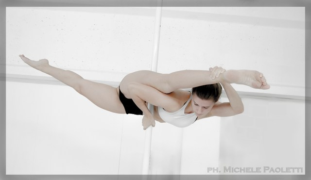 Pole Dance Photobook - Laura Moretti