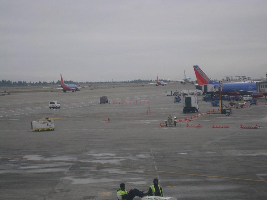 西雅圖機場轉機 | 西雅圖的天氣不好 溫度大概只有9度而已 | Tsung-han Yu | Flickr