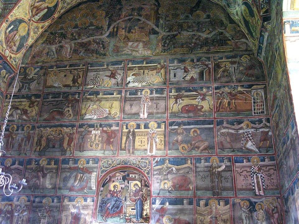 pintura interior de iglesia de la Anunciación Monasterio Moldovita Bucovina Rumania 12