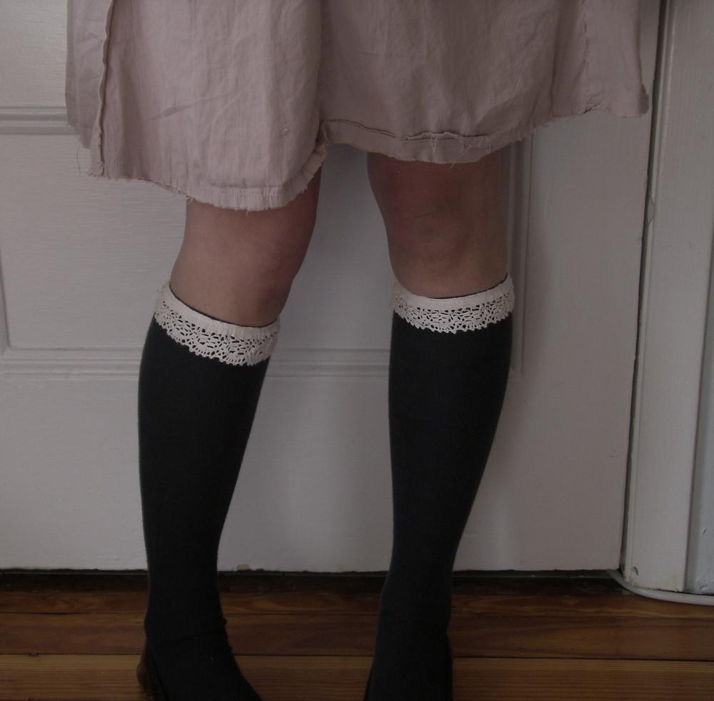 knee high garters