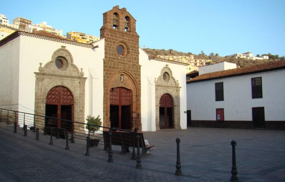fachada exterior Iglesia de Nuestra Señora de la Asuncion San Sebastian de La Gomera 31