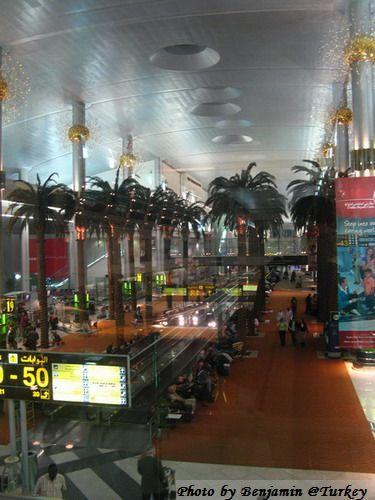 Turkey017--杜拜機場03