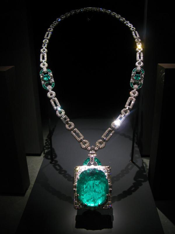 2009 04 19 - 4703 - Washington DC - Natural History Museum - Mackay Emerald and Diamond Necklace