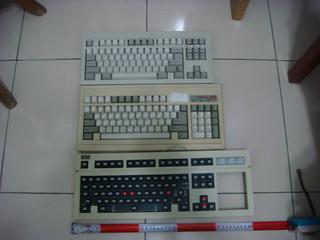 Dsc04630 | 標準鍵位的小鍵盤真是好啊 | 349667 (ta497636) | Flickr
