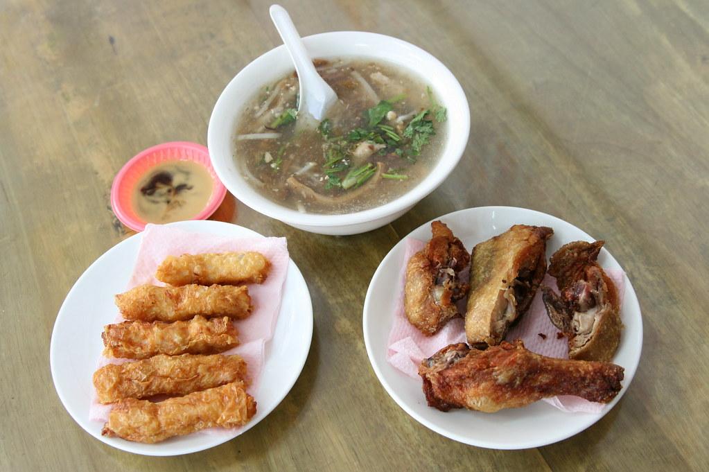 2008.2.11 | 竹北-『臺元 川味牛肉麵』老闆很頑皮, 老闆娘很客氣, 是好人... | 雙城。 | Flickr