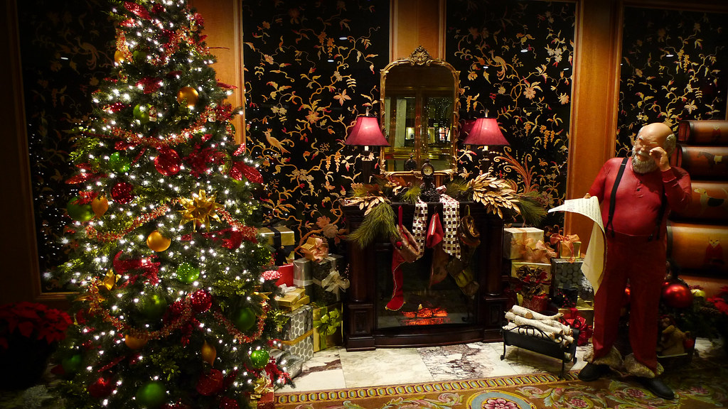 Happy Christmas Wallpaper 3d Santa With Fireplace And Tree Santa Checking His List