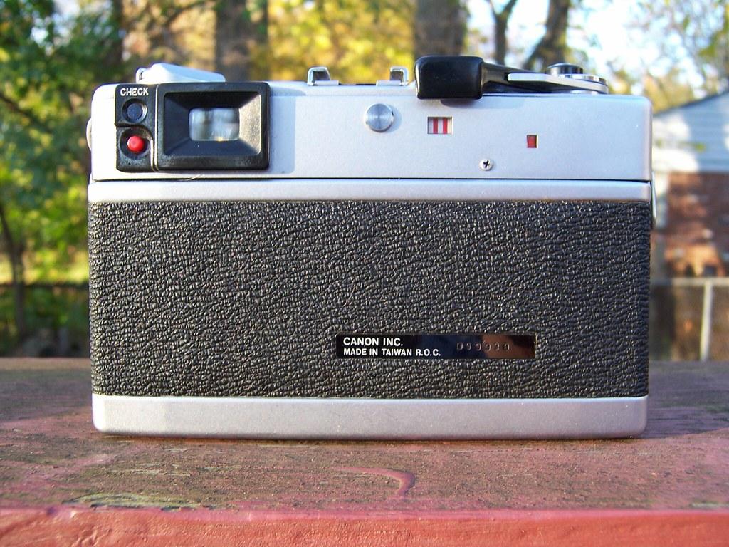 Canonet QL 17 GIII
