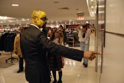 Manhattan zombie shopping spree 0042 | [Manhattan, NYC ...