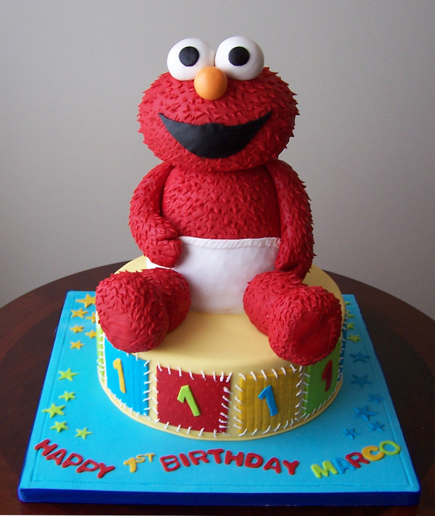Elmo Cake I Had Lots Of Fun With This Cake Baby Elmos Bo Flickr