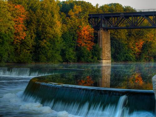 Autumn peaks into 2009 - Paris, Ontario