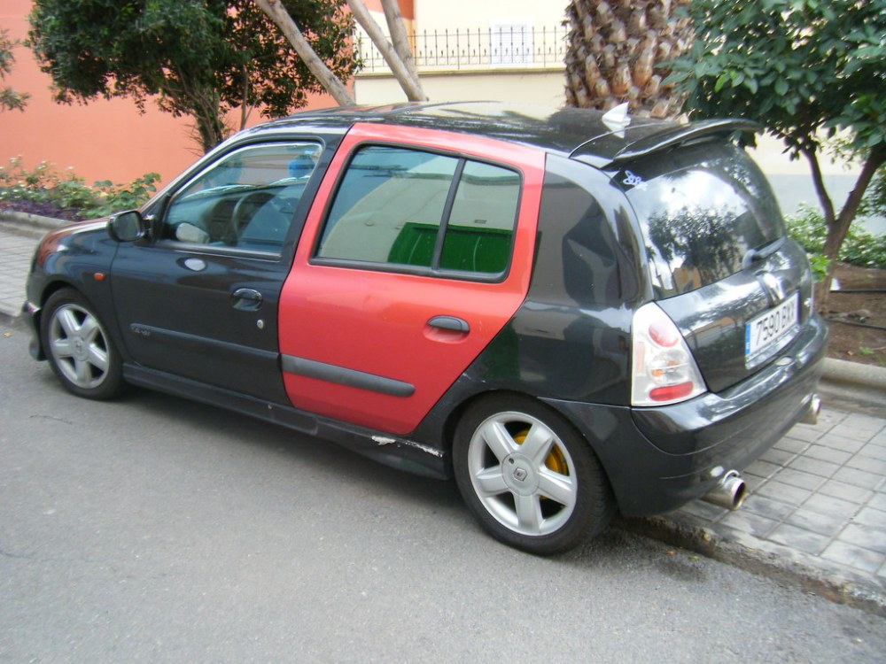 medium resolution of  renault clio ii black with red door by e10 massive
