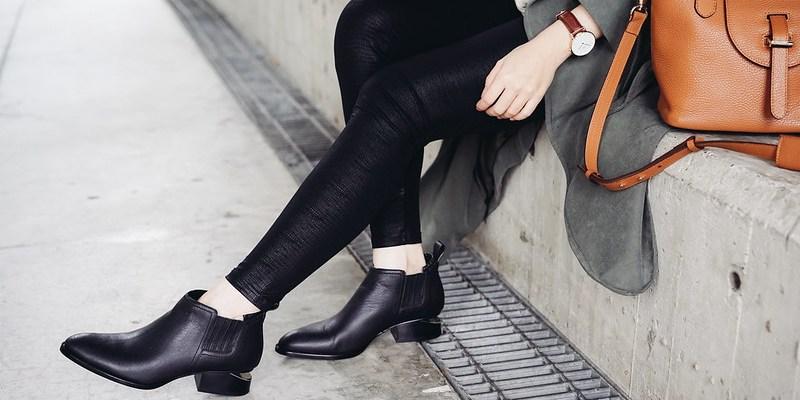 Pleats Please藍色洋裝 + Farfetch私密特賣 + Chloe 熱門拖鞋超好價 + 寶格麗水桶包67折+ NAP美國站折扣好物