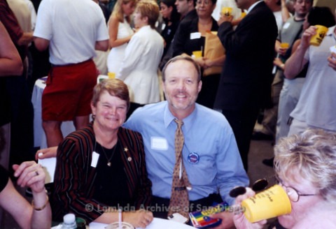 P338.035m.r.t 2000 Democratic National Convention Los Angeles: Charles McKain sitting with Sheila Keuhl