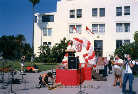 P116.002m.r.t San Diego Walks For Life 1986: Susan Jester speaking at podium on stage