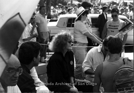 P116.040m.r.t San Diego Walks For Life 1986: Eileen Brennan sitting with Michael Tuck (left) and Gordon Thomson (right)